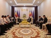 Contribuye el grupo de caucho de Vietnam al desarrollo socioeconómico de Camboya