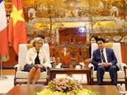 Promueve Hanoi ampliación de la cooperación con  localidades de Francia