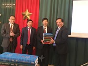 Presentan en Praga diccionario pedagógico checo-vietnamita