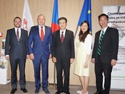 Ampliará libre comercio de Vietnam con la UE cooperación con República Checa