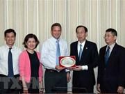 Refuerzan cooperación entre Ciudad Ho Chi Minh e Intel
