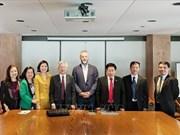Comparten Vietnam y Canadá experiencias en gestión estatal