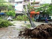Premier de Vietnam urge a implementar medidas para superar secuelas del tifón Wipha