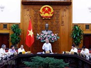 Preside primer ministro vietnamita sesión del Subcomité de Economía Social
