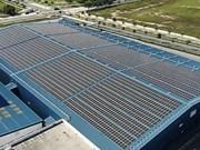 Planea compañía petrolera Shell instalar paneles solares en refinería de Singapur