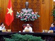 Premier vietnamita insta a priorizar desembolso de proyectos claves