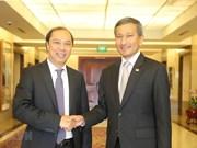 Robustecen Vietnam y Singapur la asociación estratégica