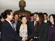 Premier recibe a jóvenes empresarios