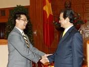 Viet Nam afianza nexos con Singapur y Dinamarca