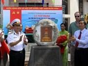 Quang Ngai recibe presentes de Truong Sa