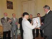 Honra Rusia a profesor vietnamita