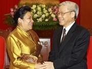 Recibe máximo dirigente a embajadora de Laos