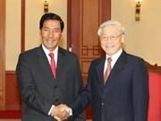Delegación partidista de Laos visita Viet Nam