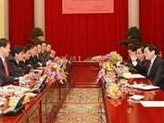 Presidente vietnamita apoya a jóvenes empresarios