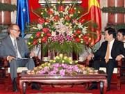 Australia considera a Vietnam entre sus principales socios