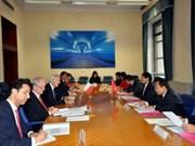 Vietnam e Italia realizan consulta política