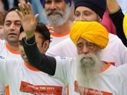A los 101, se retira maratonista más anciano del mundo