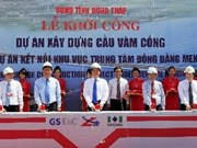 Premier arranca construcción de puente en Dong Thap