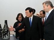 Destacan relaciones partidistas entre Vietnam y Hungría