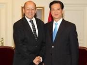 Premier vietnamita prosigue actividades en Francia