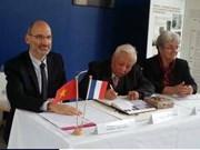 Universidad francesa honra al profesor vietnamita