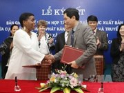 Vietnam y Cuba promueven cooperación en publicación de libros