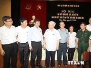 Líder partidista vietnamita dialoga con electores