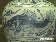 Obras antiguas de porcelana de Vietnam en exhibición internacional