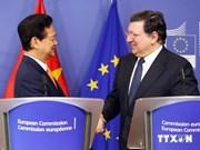 Premier vietnamita concluye visita en Bélgica y UE