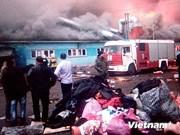 Incendio en mercado tártaro afecta a vietnamitas