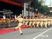 Asiste líder partidista a inicio de curso escolar de academia de policía