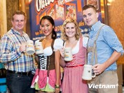 En Hanoi quinto festival de cerveza alemana