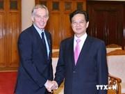 Primer ministro vietnamita recibe a Tony Blair