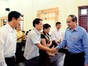 Presidente de Frente de Patria dialoga con electores de Bac Giang