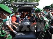 Indonesia reduce área de búsqueda de avión de AirAsia
