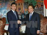 Viceprimier vietnamita recibe a diputado japonés