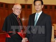 Premier vietnamita dialoga con cardenal vaticano