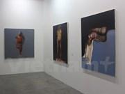 Artistas vietnamitas participan en Exhibición Artística en Singapur