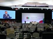 Presidente vietnamita dialoga con líderes mundiales