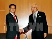 Vietnam busca impulsar relaciones con países regionales