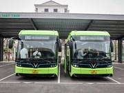 Implementan prueba piloto de autobuses eléctricos de VinBus en Hanoi