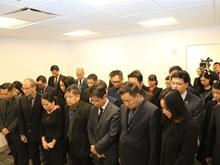 [Fotos] Misión Permanente de Vietnam ante ONU abre libro de condolencias por deceso del presidente Tran Dai Quang