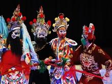 [Video]Artes tradicionales, puente de amistad entre Vietnam y otros países