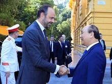[Foto] Premier de Vietnam preside acto de bienvenida a su par francés
