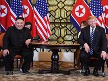 [Fotos] Imágenes de reunión privada entre presidente estadounidense Trump, y su par norcoreano Kim Jong-un, en Cumbre EE.UU.-RPDC