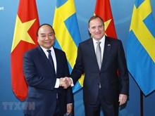 [Fotos] Premier Nguyen Xuan Phuc se entrevista con su par sueco