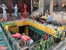 [Fotos] Productos reciclados cobran vida en cafetería en Hanoi