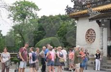 Más de un millón de turistas visitan ciudad imperial de Hue