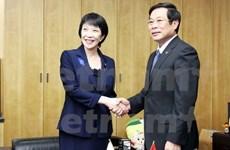 Vietnam y Japón robustecen lazos en correos y telecomunicación