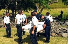 Sospechoso pertrecho de MH370 varado en isla francesa de Reunión